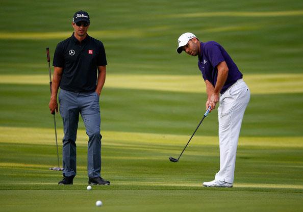 Adam Scott y Sergio García. Práctica. Serra Golf Academy, donde el golf es pasión.
